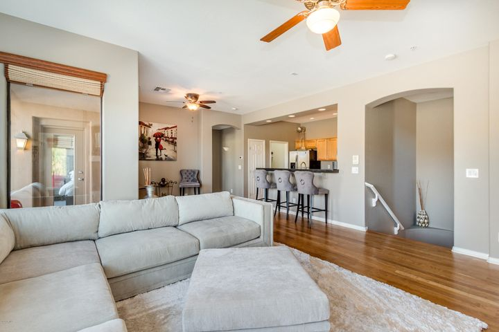 Stunning two bed/2 bath condo in a premier location in Cachet at McDowell Mountain Ranch