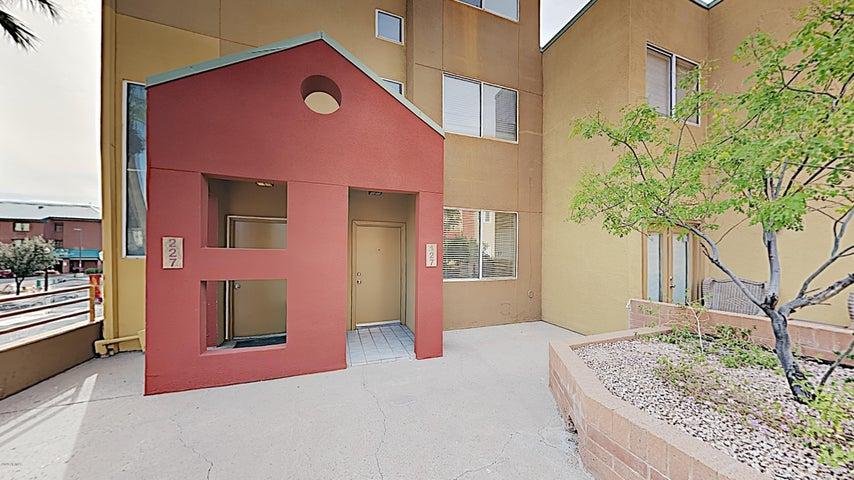154 W 5TH Street, 127, Tempe, AZ 85281