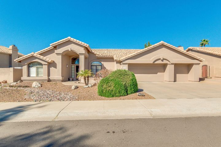 1348 N HAZELTON Drive, Chandler, AZ 85226
