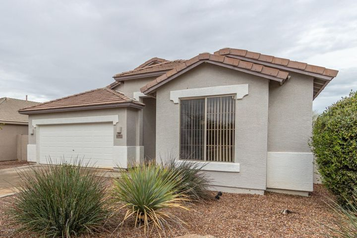4271 S Splendor Place, Gilbert, AZ 85297