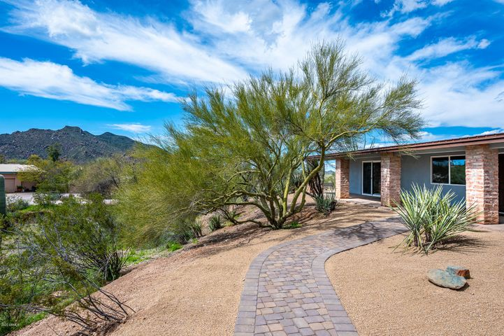 7714 E Primrose Path Path, Carefree, AZ 85377