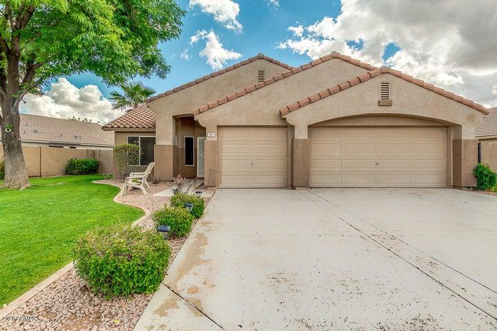 893 N JOHN Way, Chandler, AZ 85225