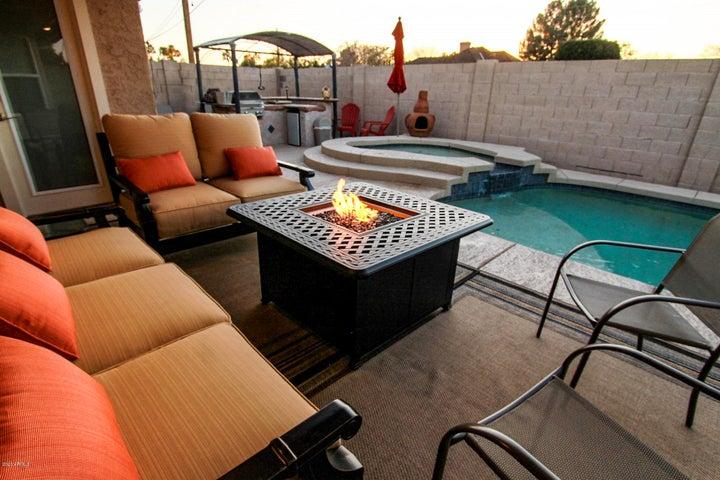 1126 N SAINT ELENA Street, Gilbert, AZ 85234