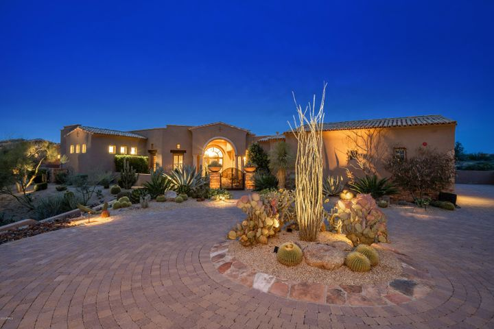12084 E Whispering Wind Drive, Scottsdale, AZ 85255