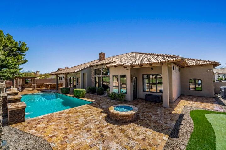 390 N CLOVERFIELD Circle, Litchfield Park, AZ 85340