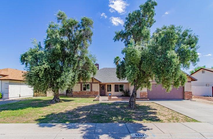 6211 W PORT AU PRINCE Lane, Glendale, AZ 85306