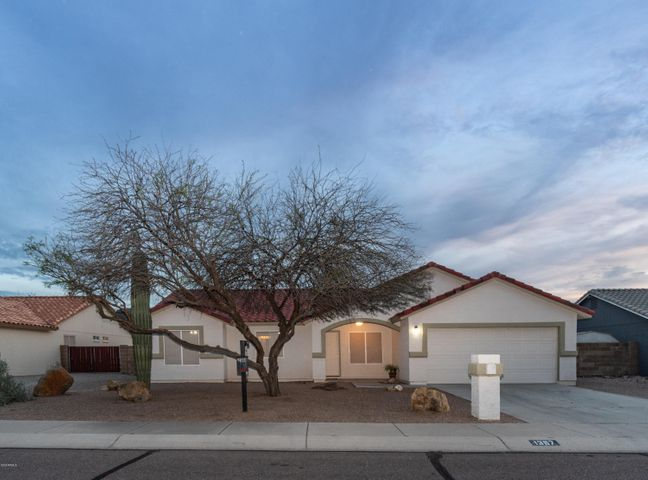 1397 W 14th Avenue, Apache Junction, AZ 85120