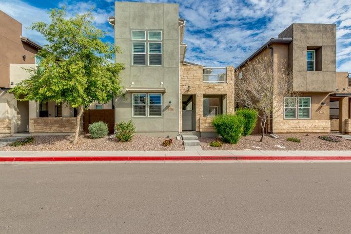 7126 W KENT Drive, Chandler, AZ 85226