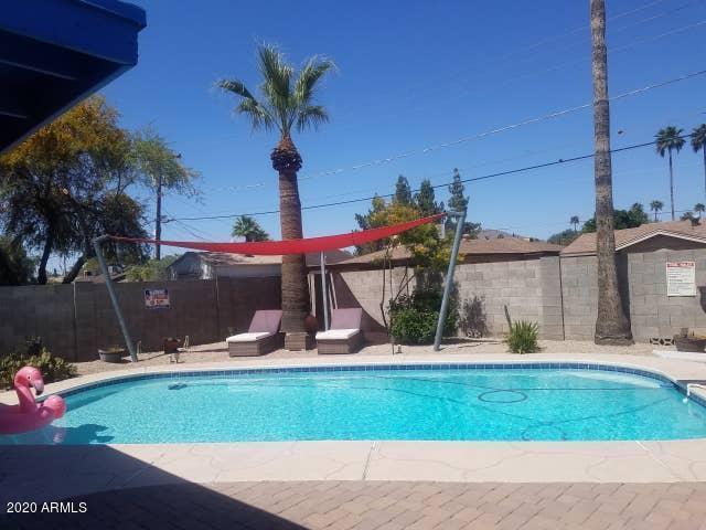 6826 E EDGEMONT Avenue, Scottsdale, AZ 85257