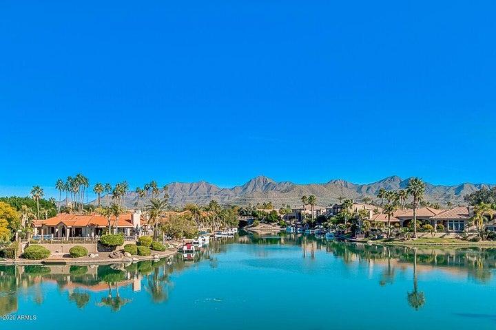 10080 E MOUNTAINVIEW LAKE Drive, 243, Scottsdale, AZ 85258