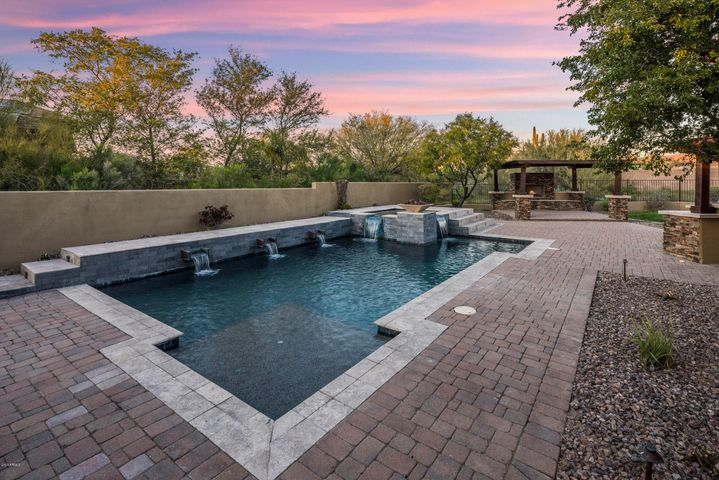 33023 N 53RD Way, Cave Creek, AZ 85331