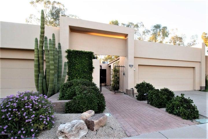 8634 E San Rafael Drive, Scottsdale, AZ 85258