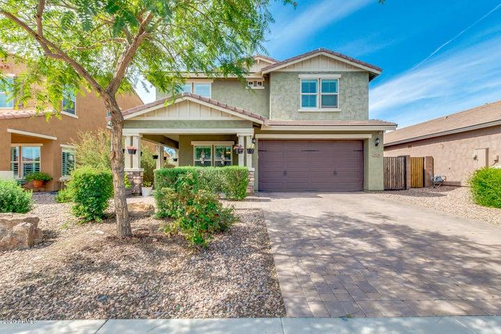 2674 E HICKORY Street, Gilbert, AZ 85298