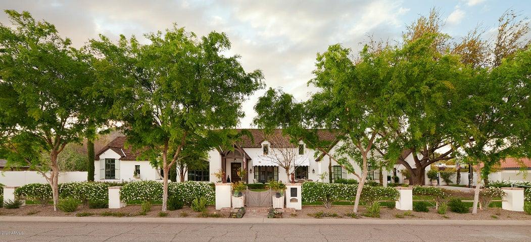 6130 E CALLE DEL MEDIA Street, Scottsdale, AZ 85251