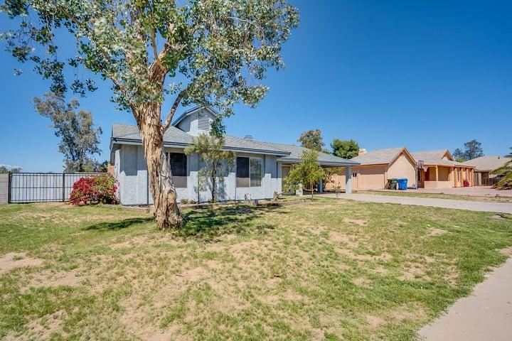 2246 W RUNION Drive, Phoenix, AZ 85027