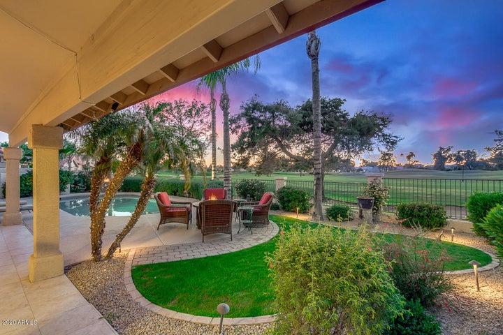3270 S AMBROSIA Drive, Chandler, AZ 85248