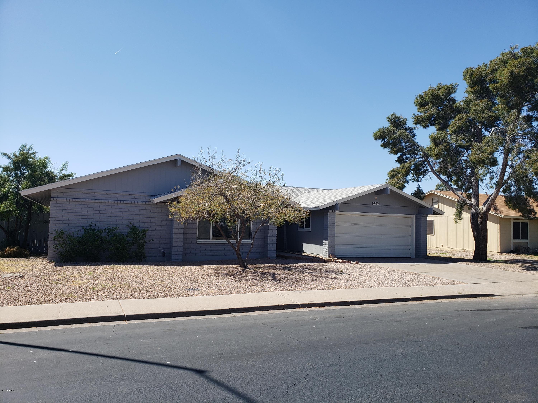 2909 E CORALBELL Avenue, Mesa, AZ 85204