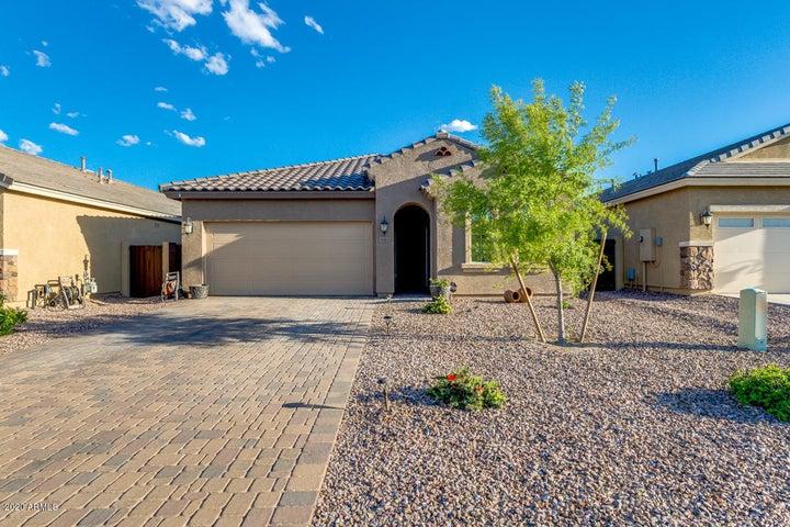 643 E BLOSSOM Road, San Tan Valley, AZ 85143