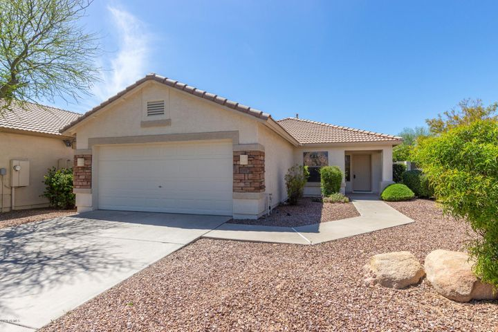 4018 S CRICKET Court, Gilbert, AZ 85297