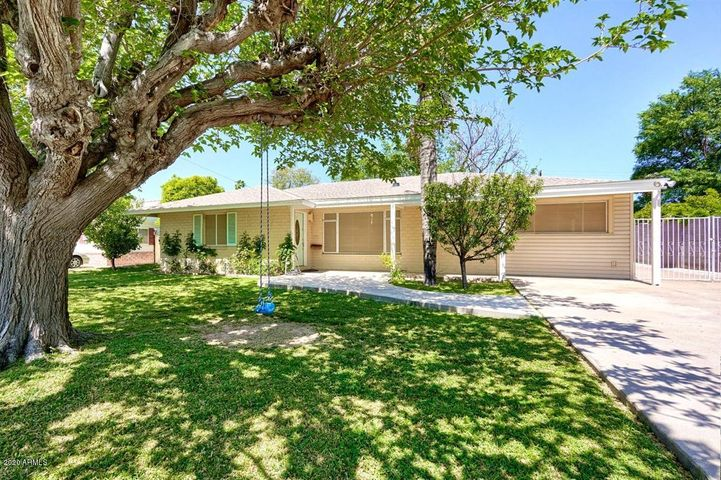 4028 E PINCHOT Avenue, Phoenix, AZ 85018