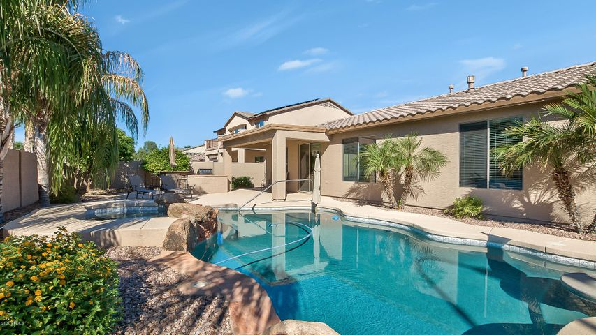 3393 E CANYON Way, Chandler, AZ 85249