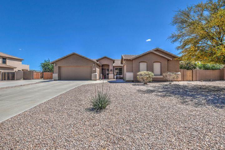81 E Paso Fino Way, San Tan Valley, AZ 85143