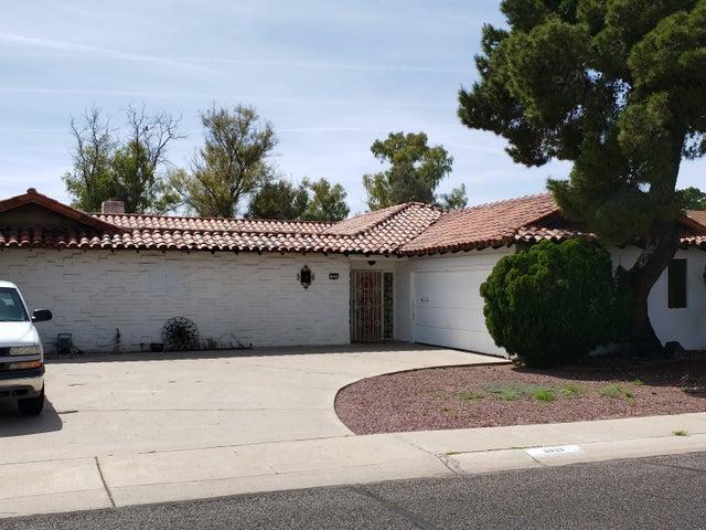 9933 W IRONWOOD Drive, Sun City, AZ 85351