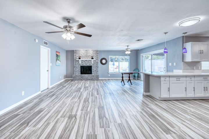 3114 E TURNEY Avenue, Phoenix, AZ 85016