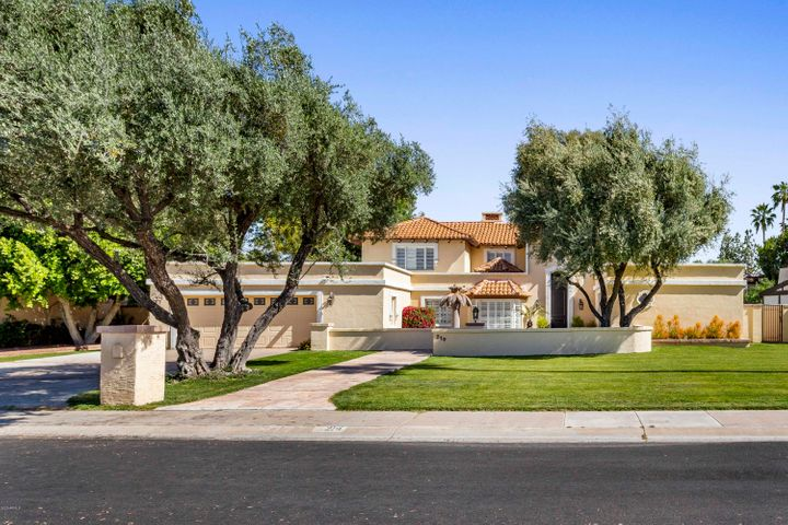 214 W KALER Drive, Phoenix, AZ 85021
