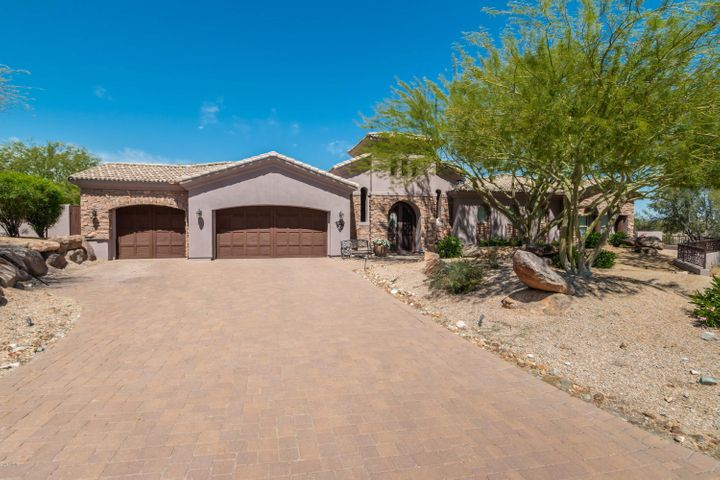 8596 S SAN FILIPE Drive, Goodyear, AZ 85338