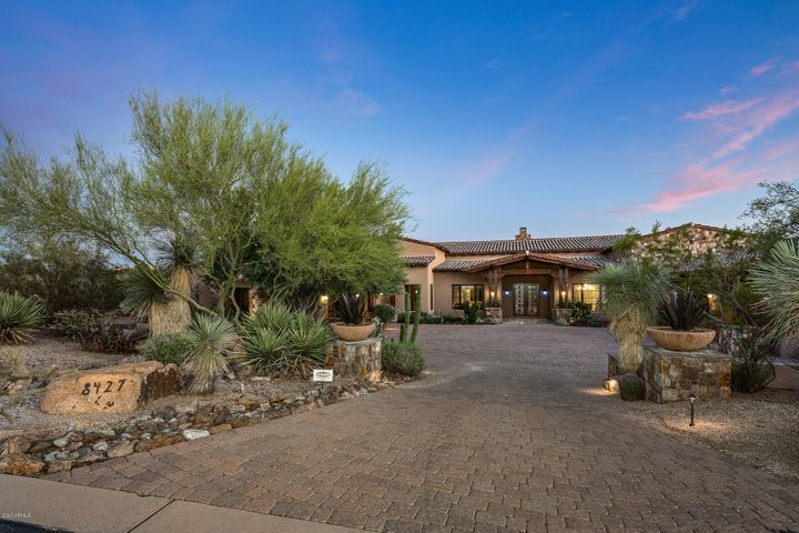 8427 E HOMESTEAD Circle, Scottsdale, AZ 85266