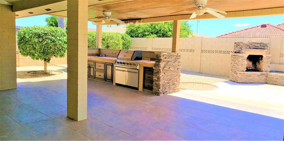 7821 E MENDOZA Avenue, Mesa, AZ 85209