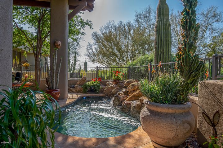 9270 E THOMPSON PEAK Parkway, 303, Scottsdale, AZ 85255