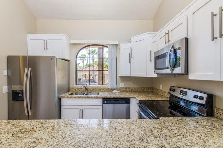 6151 N 28TH Place, Phoenix, AZ 85016