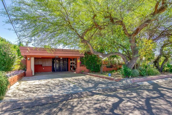 3725 N 35TH Place, Phoenix, AZ 85018