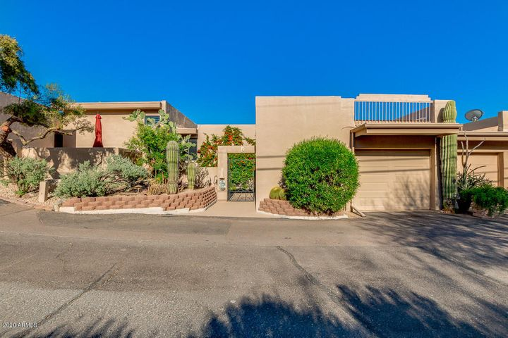 37300 N TOM DARLINGTON Drive, B, Carefree, AZ 85377