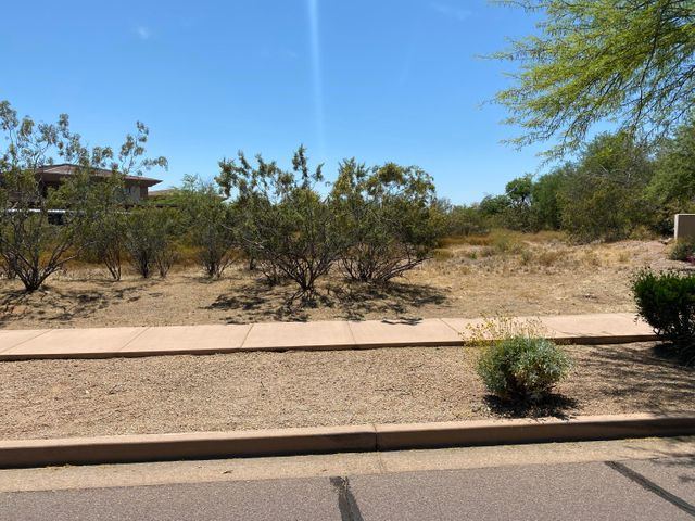 17677 N 82ND Street, Scottsdale, AZ 85255