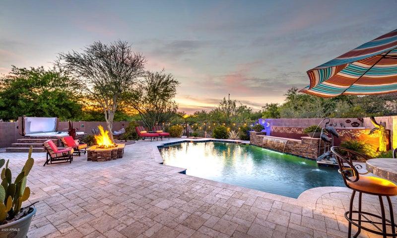 2040 W WHISPER ROCK Trail, Phoenix, AZ 85085