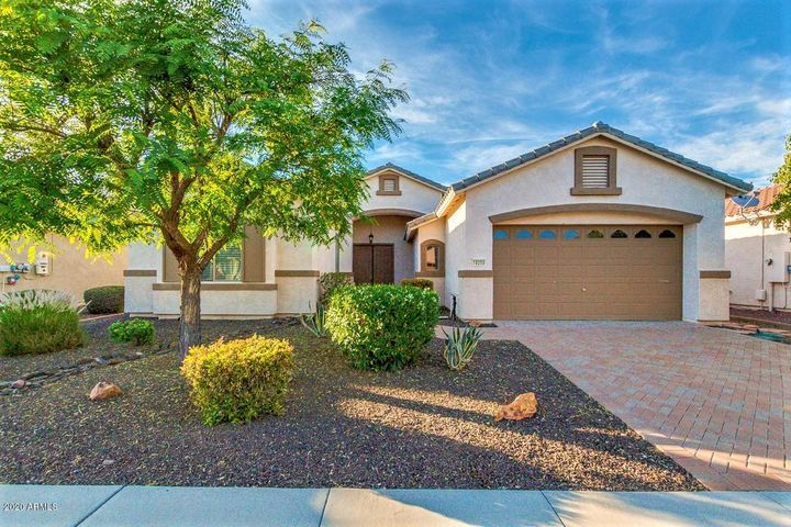 18250 W STINSON Drive, Surprise, AZ 85374