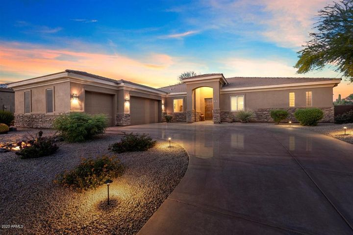 5424 E HASHKNIFE Road, Phoenix, AZ 85054
