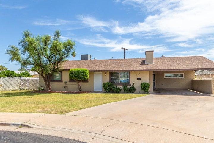 119 N FLINT Circle, Mesa, AZ 85201
