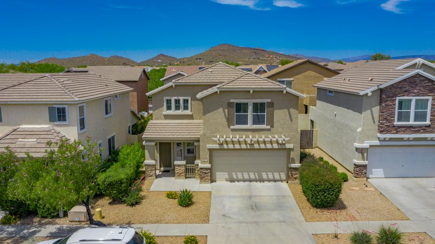 3022 W FERRUCCIO Place, Phoenix, AZ 85086