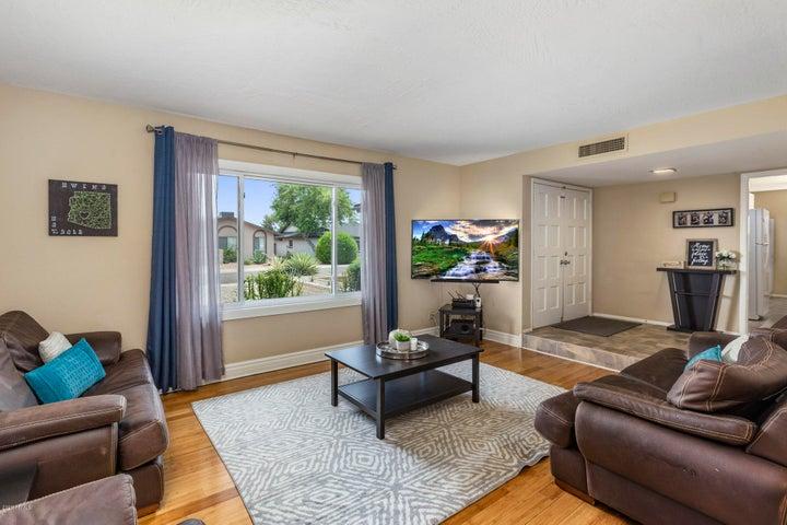 8746 E MULBERRY Street, Scottsdale, AZ 85251