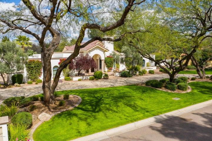 5816 E VIA DEL CIELO Street, Paradise Valley, AZ 85253
