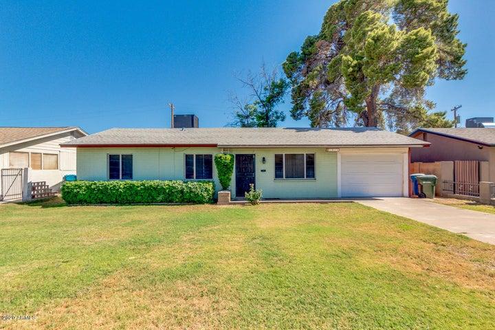 1911 W DENTON Lane, Phoenix, AZ 85015