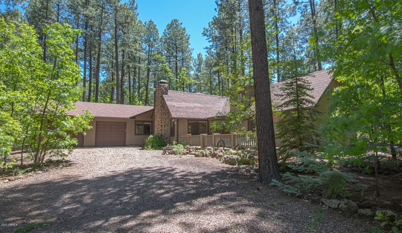 2506 BUTTERFLY Lane, Pinetop, AZ 85935