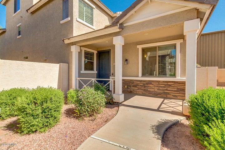 65 E PALOMINO Drive, Gilbert, AZ 85296