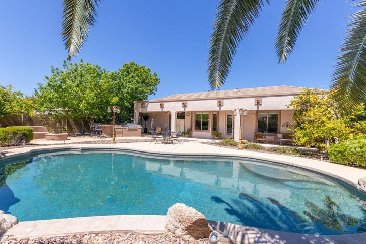90' Perimeter Pool on a 12, 512 Sq Ft Lot