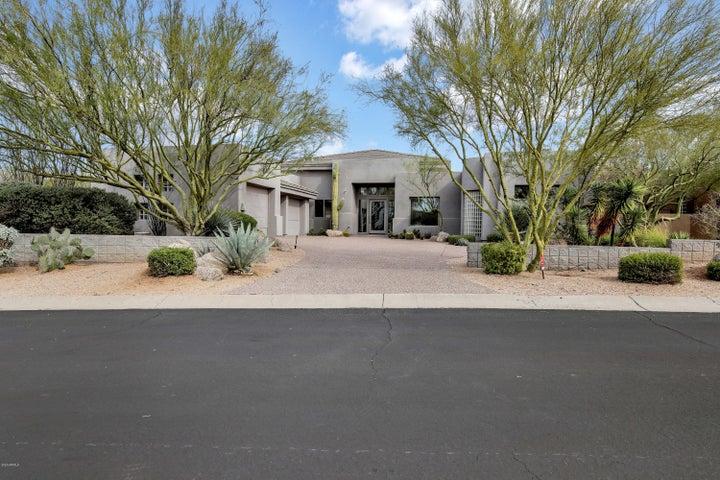 9792 E MONUMENT Drive, Scottsdale, AZ 85262