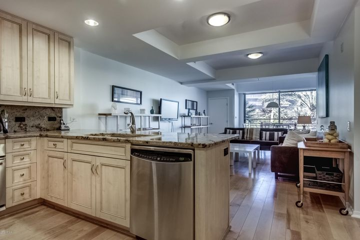 2 BR, 2 BA, 1172 SF Unit in Optima Camelview